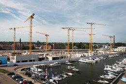 Eight WOLFF cranes build blue quarters in Flanders