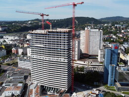 Three WOLFF cranes build soaring Bruckner Tower in Linz, Austria